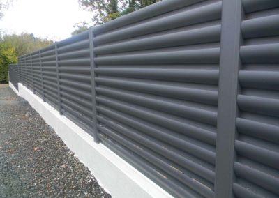 clôture-grise